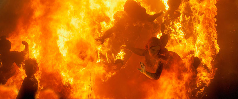 Fallas: Burning of the falla