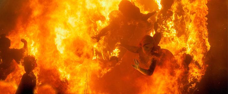 Fallas: Burning of the falla